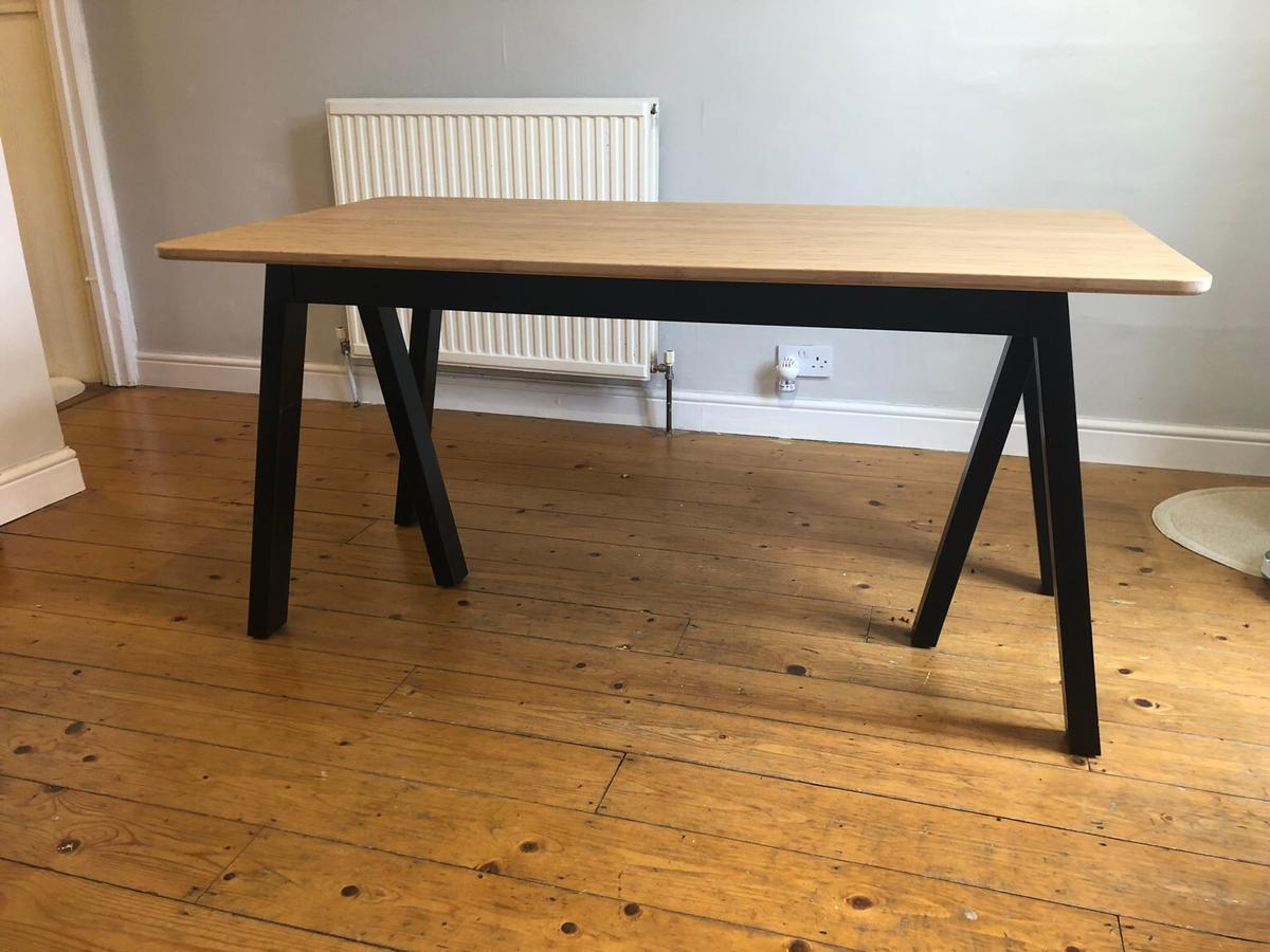 Dining Table Black Bamboo 6 Seater In Sw18 Wandsworth For 80 00 For Sale Shpock