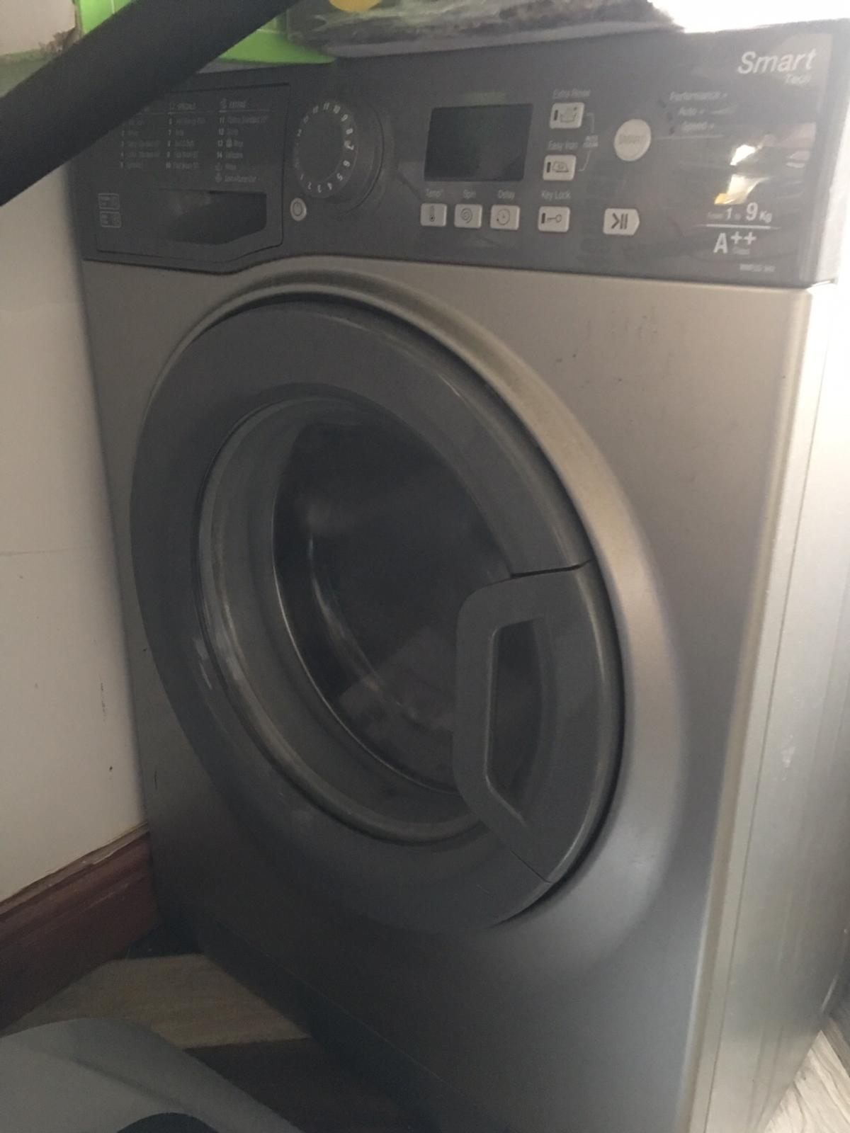 Used Hotpoint washing machine 9kg triple AAA in Bolton for £140 00