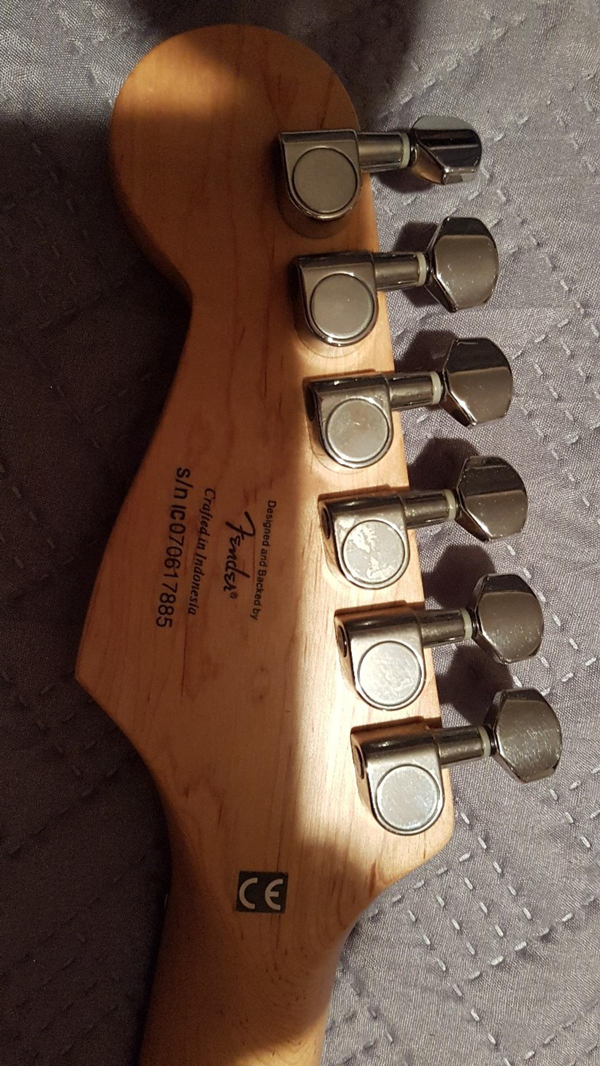 Squiers Strat by Fender in Hyndburn for £95 00 for sale - Shpock