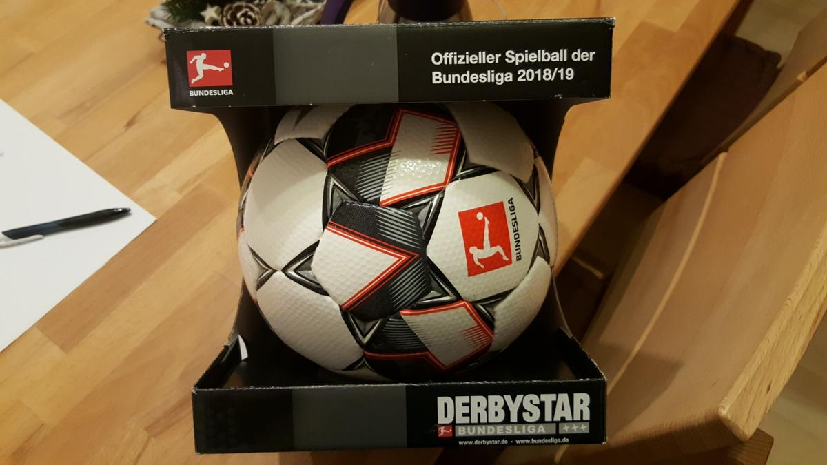 Fussball Derbystar Bundesliga