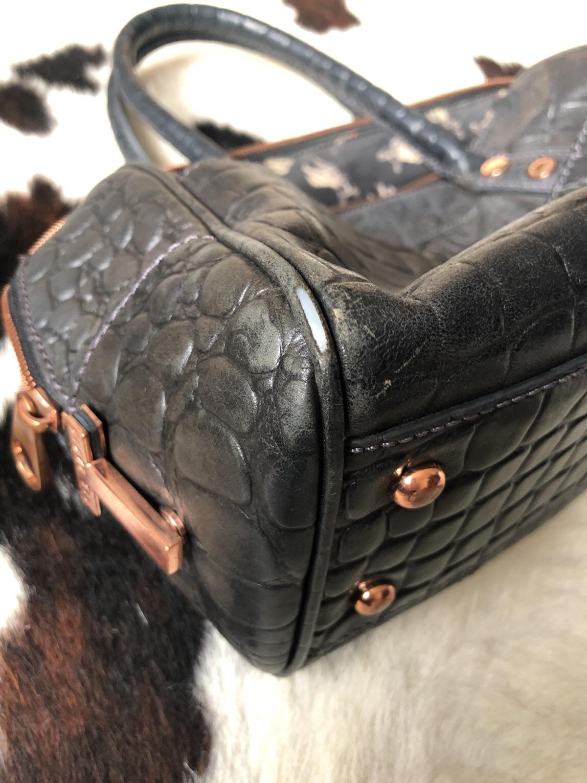 24212f4a249e TED Baker leather handbag in SW11 Wandsworth for £12.00 for sale ...