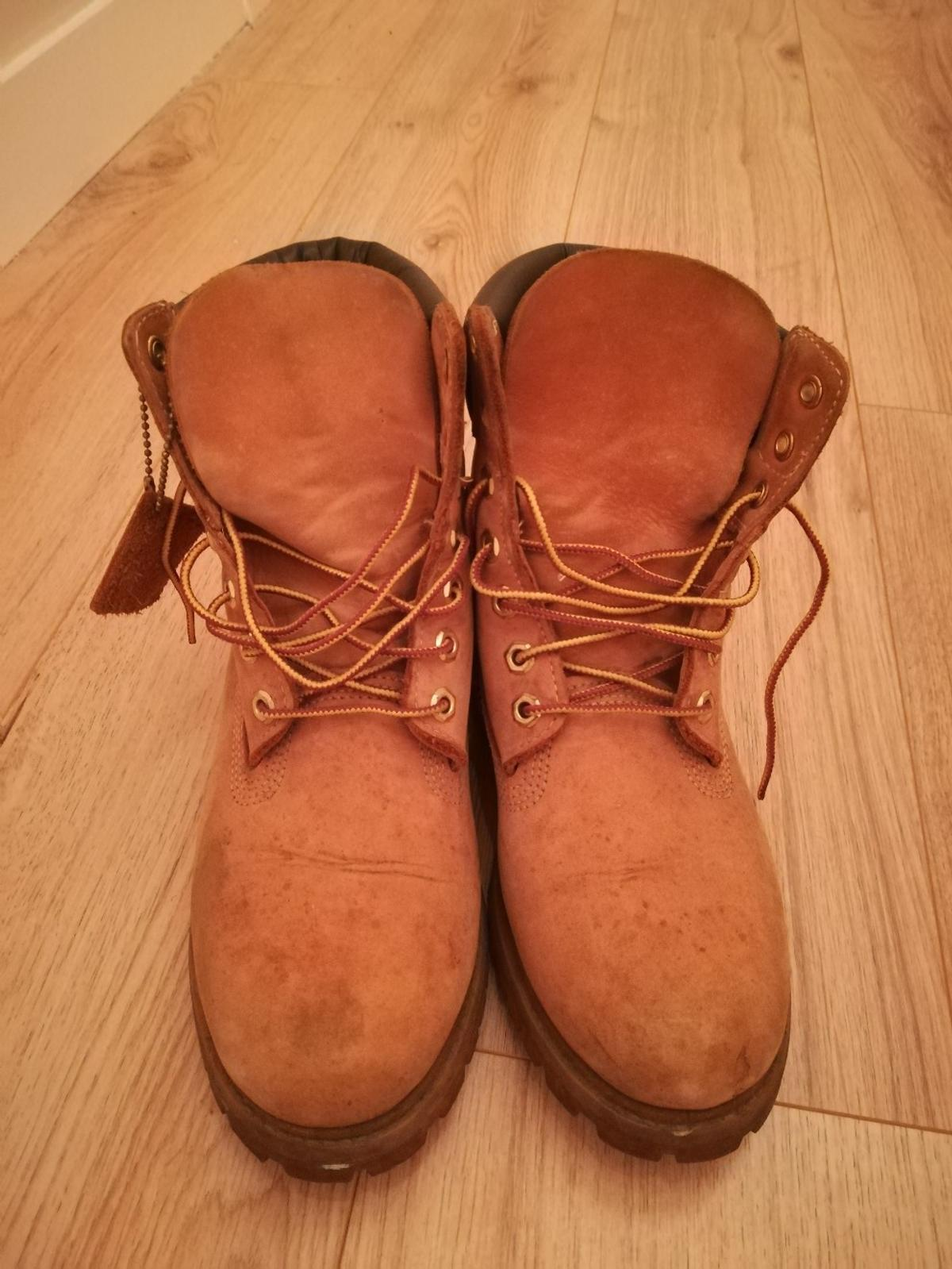 Used Men's Size 7 Original Timberland boots