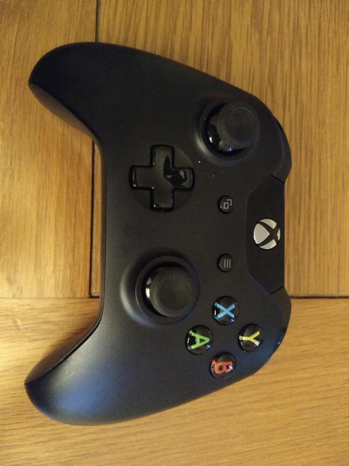 Xbox One wireless controller in SG18 Biggleswade for £15 00
