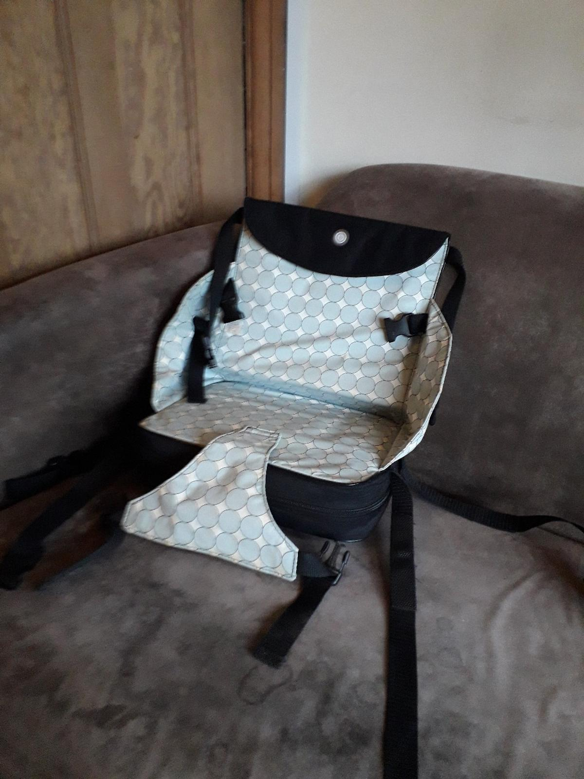 Travel highchair booster feeding seat in for £4.50 for sale