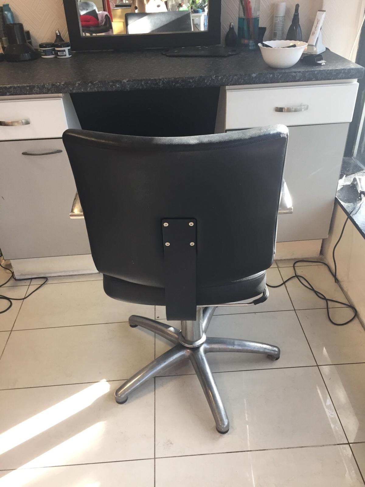 Salon furniture for sale in London for £5.5 for sale  Shpock