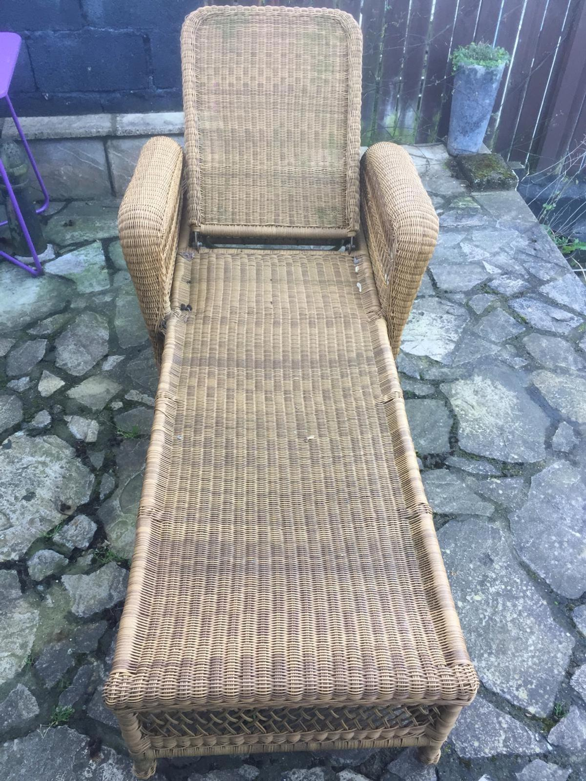 Superb Outdoor Sun Lounger Gmtry Best Dining Table And Chair Ideas Images Gmtryco