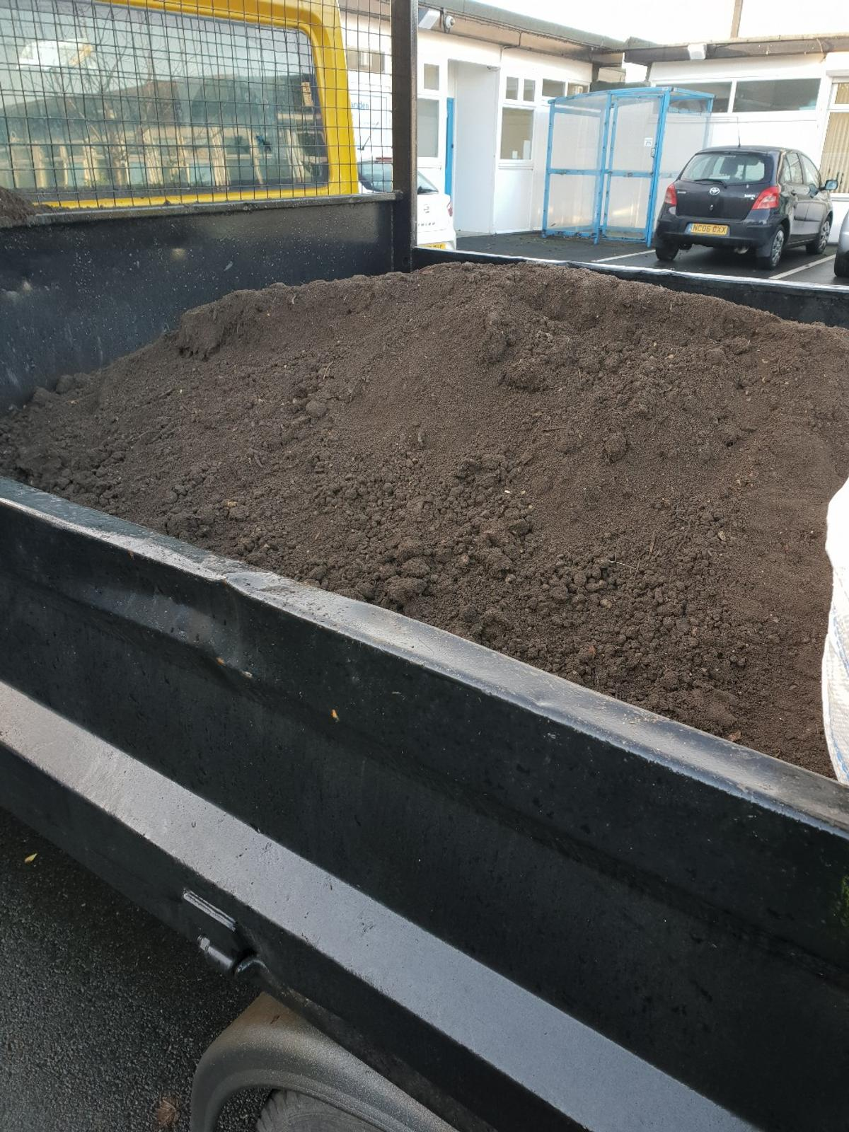 topsoil delivered loses screened