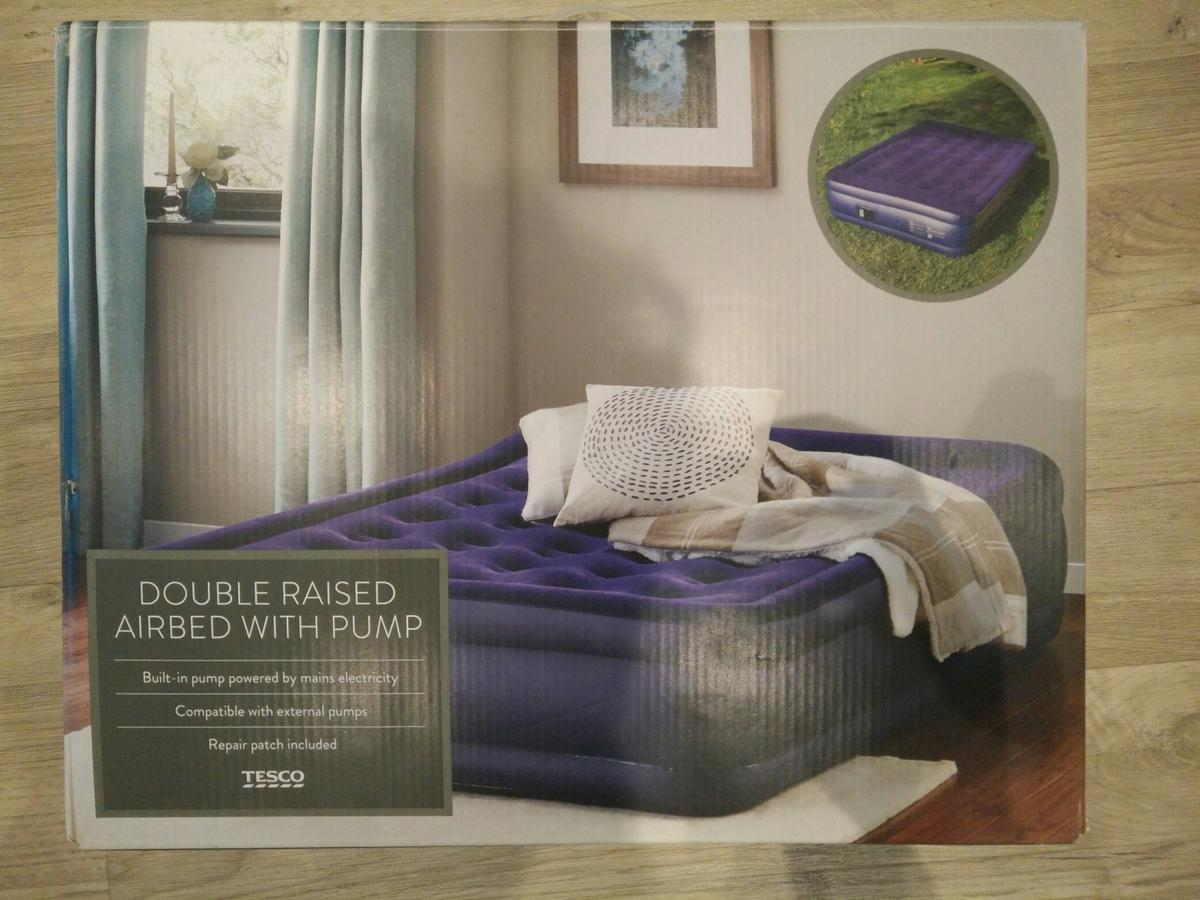 Double Raised Airbed With Pump In E3 Hamlets For 60 00 For Sale Shpock