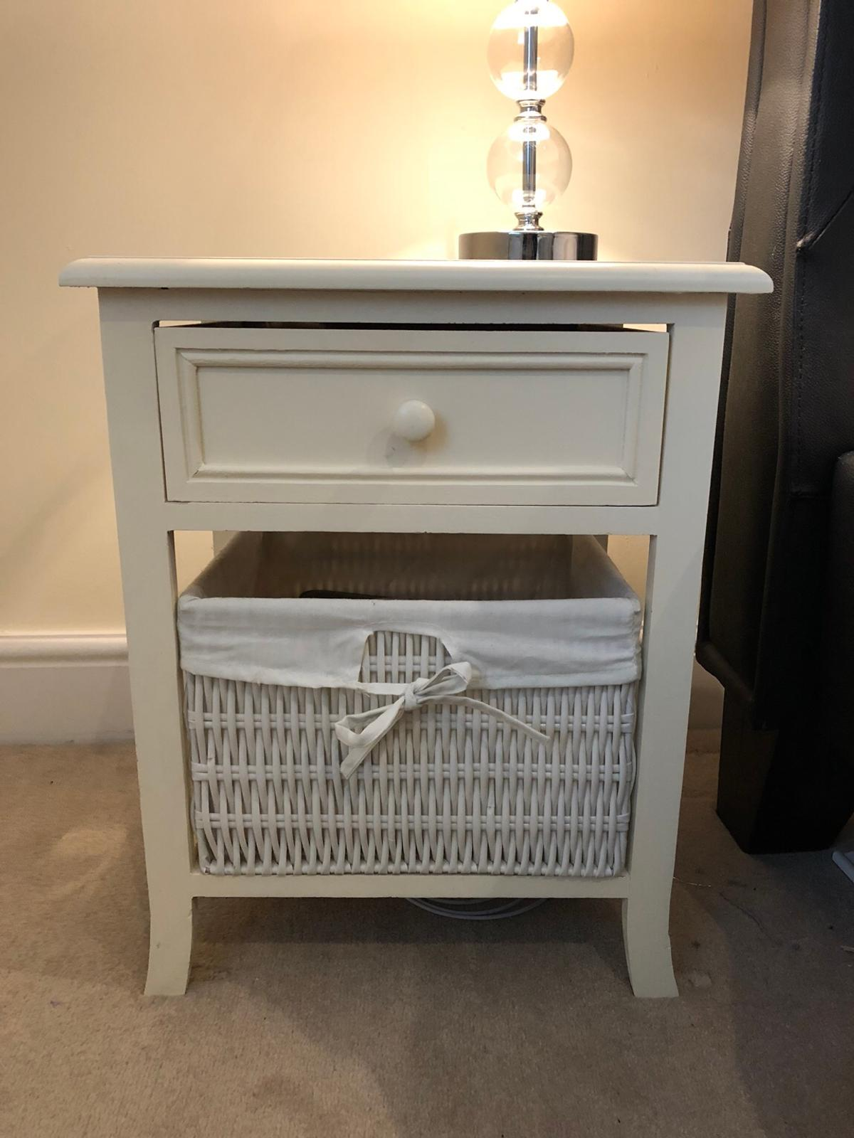 Cream Bedside Tables: Bedside Table In NW1 Westminster For £15.00 For Sale