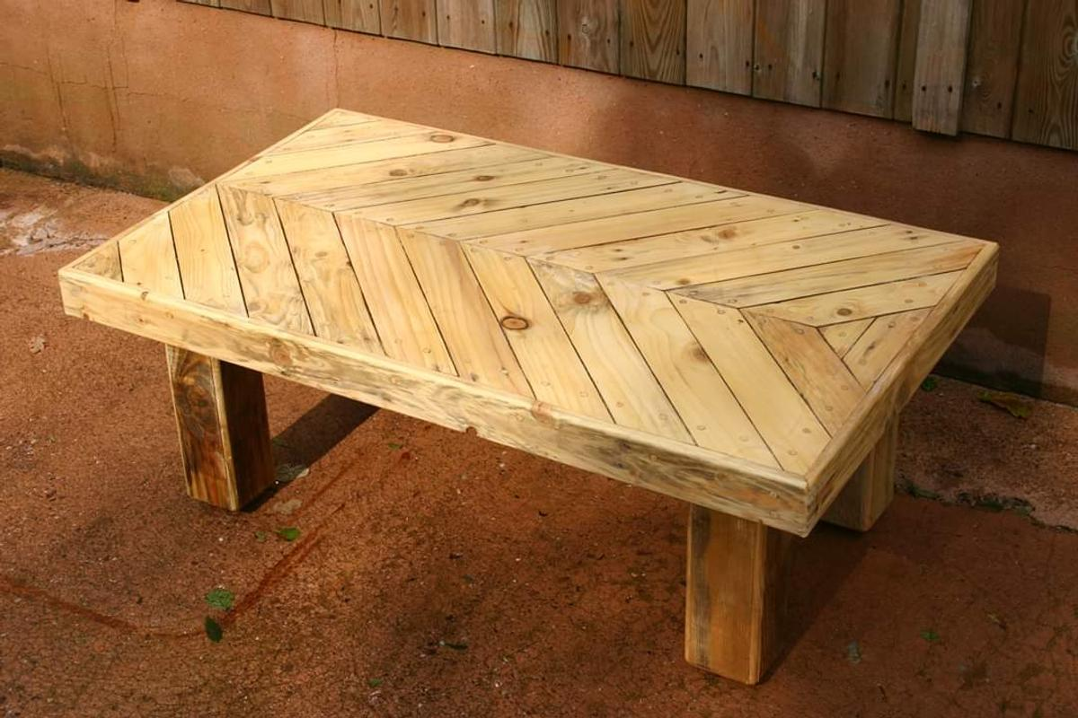 Pleasing Solid Oak And Pallet Wood Coffee Table Evergreenethics Interior Chair Design Evergreenethicsorg