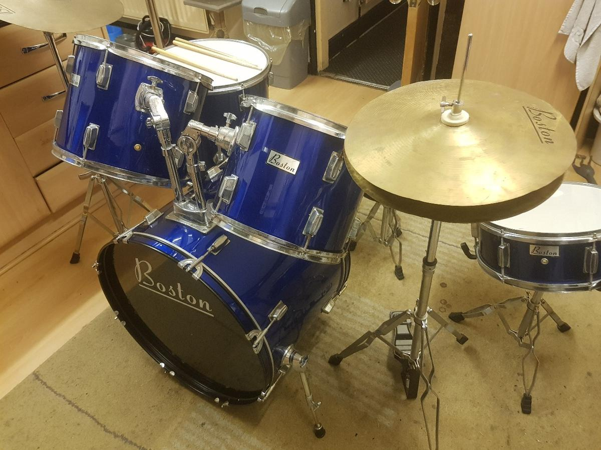 BOSTON Drum Kit   Complete in LE2 Leicester for £100 00 for sale