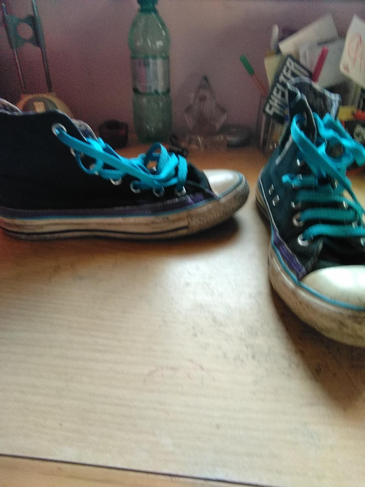 Converse nere in 00041 Ariccia for €3.00 for sale | Shpock