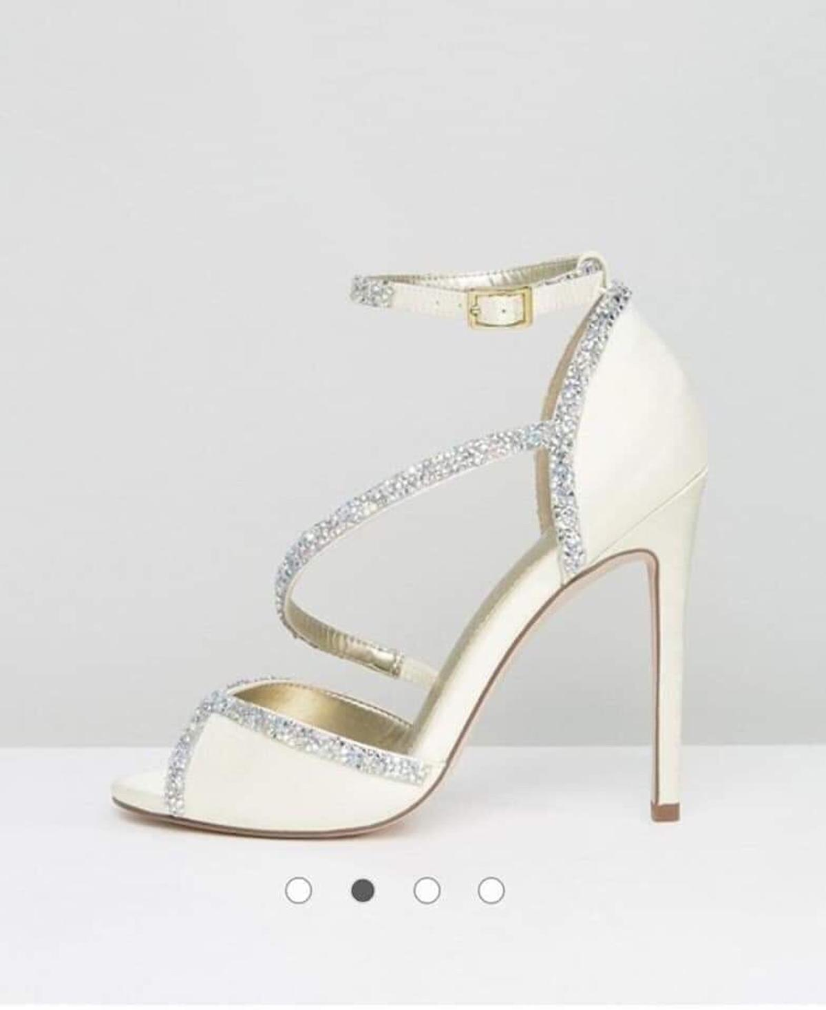 1054c7726d7 ASOS bridal shoes brand new size 5 in Doncaster for £25.00 for sale ...