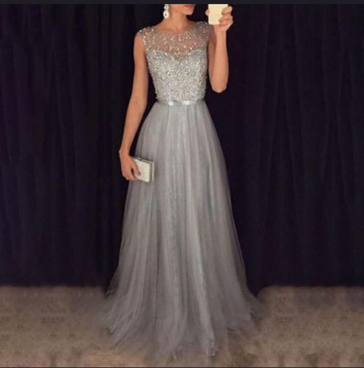 Abendkleid grau /silber in 12 Lampertheim for €12.12 for sale