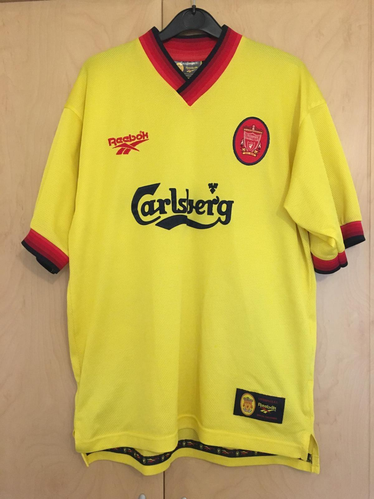 new concept 04383 84f1e Liverpool FC Football Shirt and Shorts 97/98 in Helsby for ...