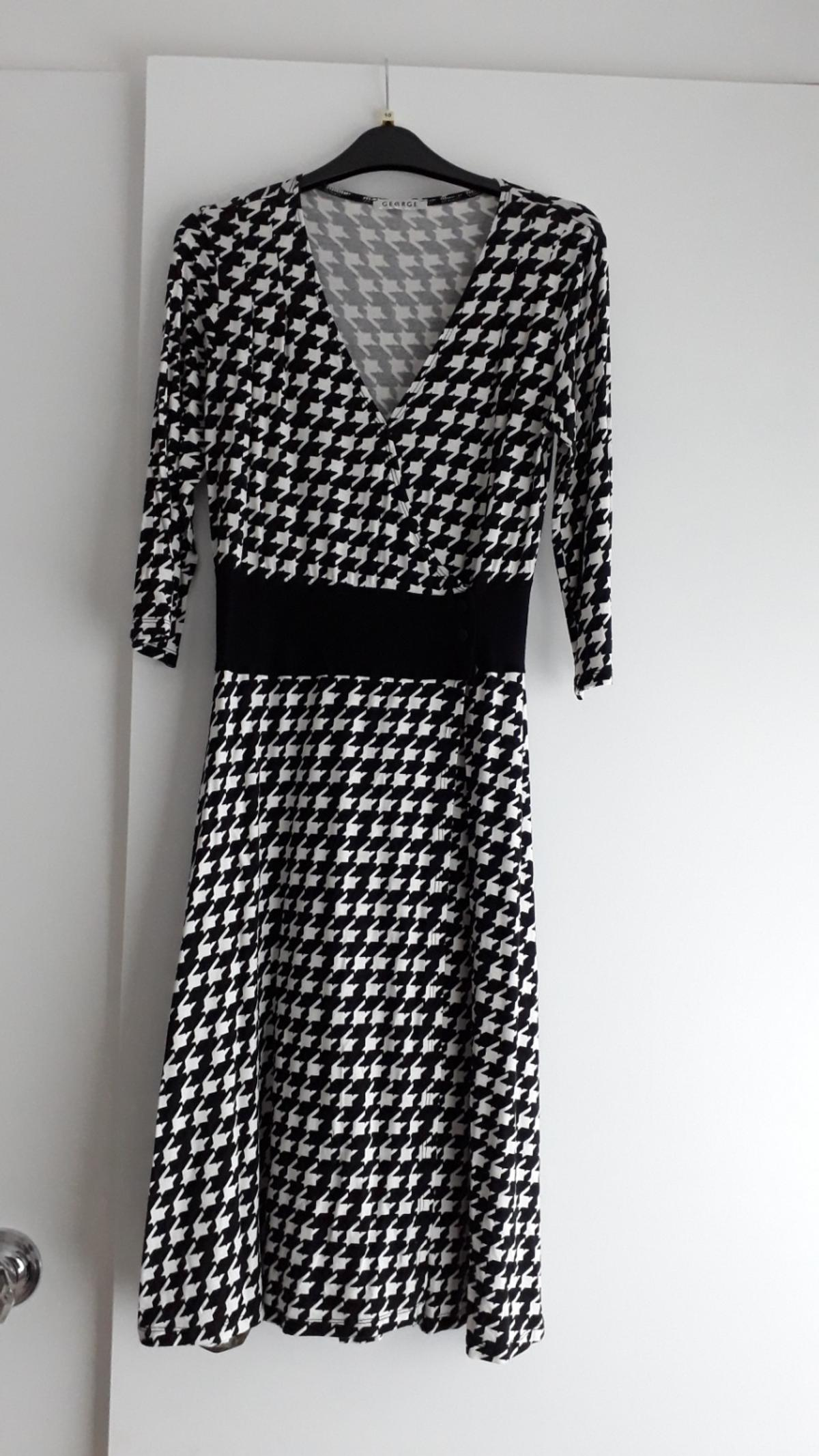 b9a8586637 womens dress UK 10 black and white dog tooth in LS18 Leeds for £5.00 ...