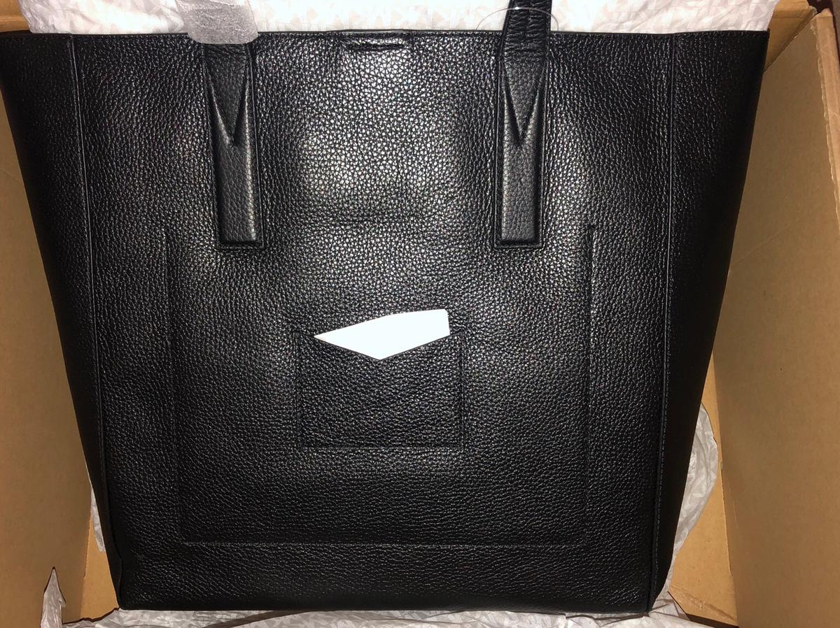 49c70e7d4 Michael Kors Junie Large Pebbled Leather Tote in Cannock Chase for ...