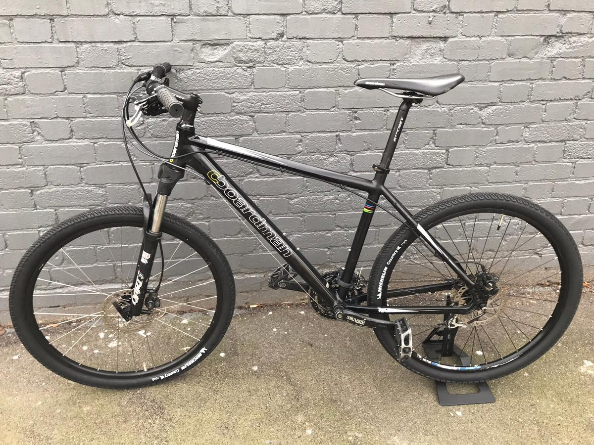 BOARDMAN CB SPORT MOUNTAIN BIKE in E17 London for £280 00