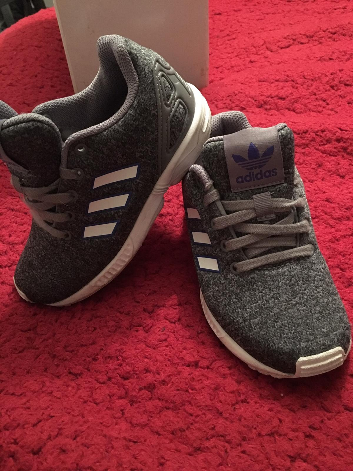 ec2dcaab1 Adidas torsion kids trainers size 10 in Hurlford for £10.00 for sale ...