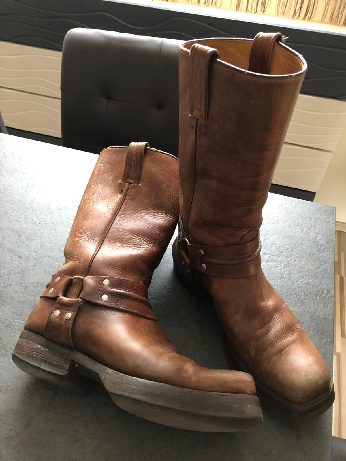 Stiefel Western Boots Gr. 43 in 1220 Donaustadt for </p>                     </div> </div>          <!-- tab-area-end --> </div> <!--bof also purchased products module-->  <!--eof also purchased products module--> <!--bof also related products module--> <!--eof also related products module--> <!--bof Prev/Next bottom position -->         <!--eof Prev/Next bottom position --> <!--bof Form close--> </form> <!--bof Form close--> </div> <div style=