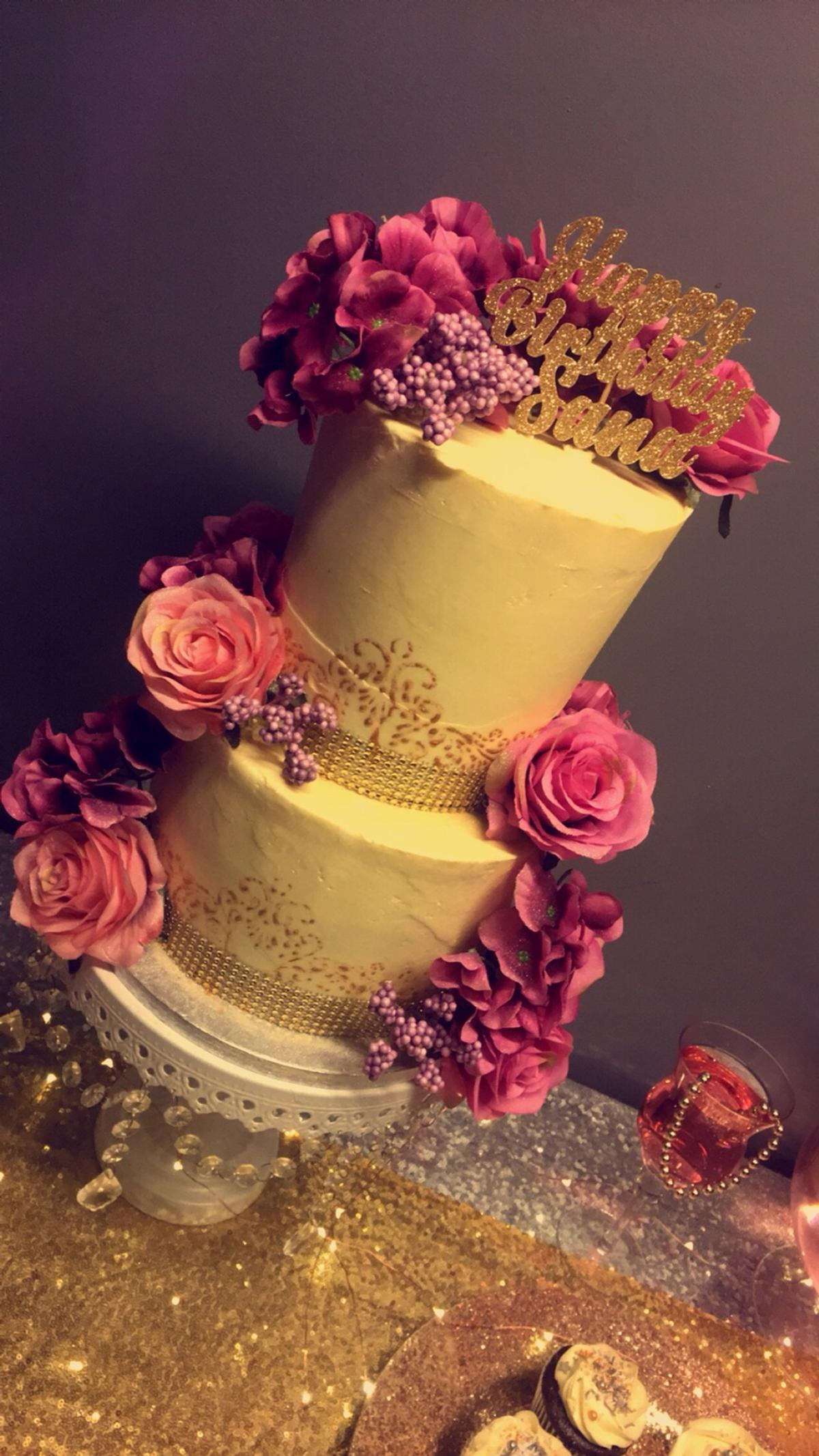 Wondrous Elegant Pink 2 Tier Birthday Cake In Batley For 95 00 For Sale Funny Birthday Cards Online Eattedamsfinfo