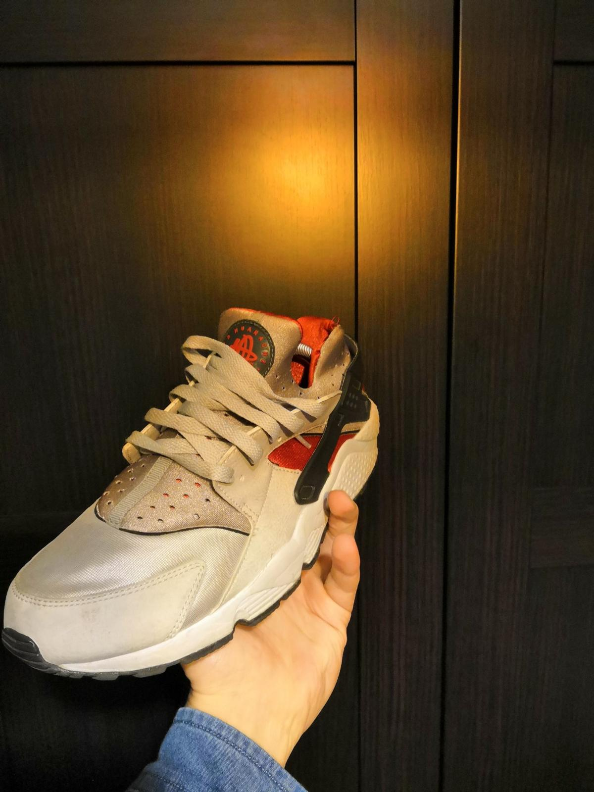 Nike Huarache size UK 9 Silver/Red in E14 London for £20.00 for ...