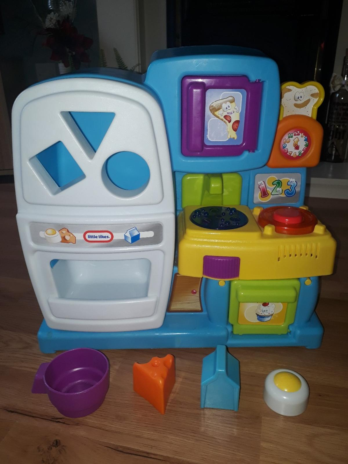 Toy Kitchen With Shape Sorter And Sounds