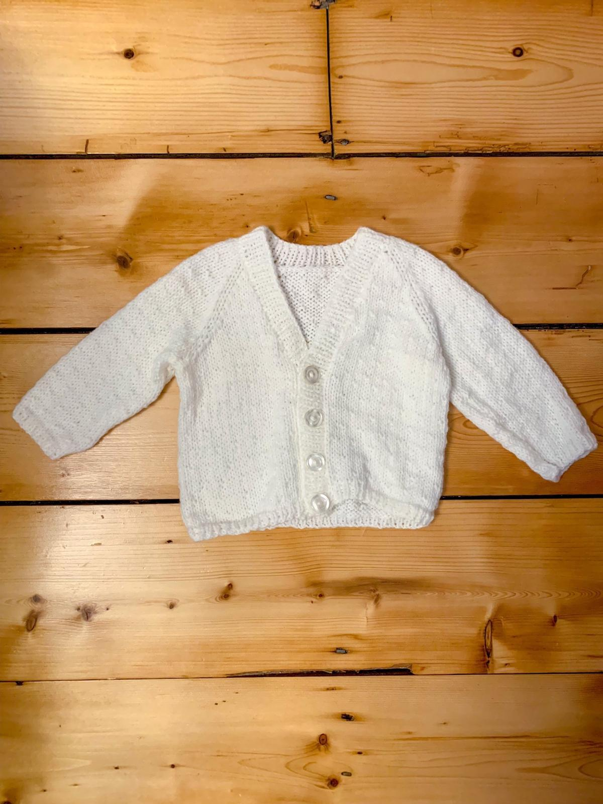 6ec99444b Hand knitted baby cardigan in DY6 Dudley for £2.00 for sale - Shpock