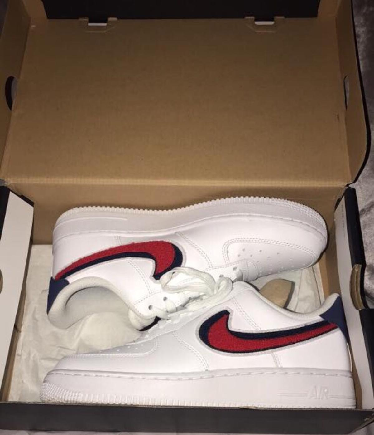 premium selection e3329 e4768 Nike Air Force 1 LV8 Trainers/White/Red/Blue