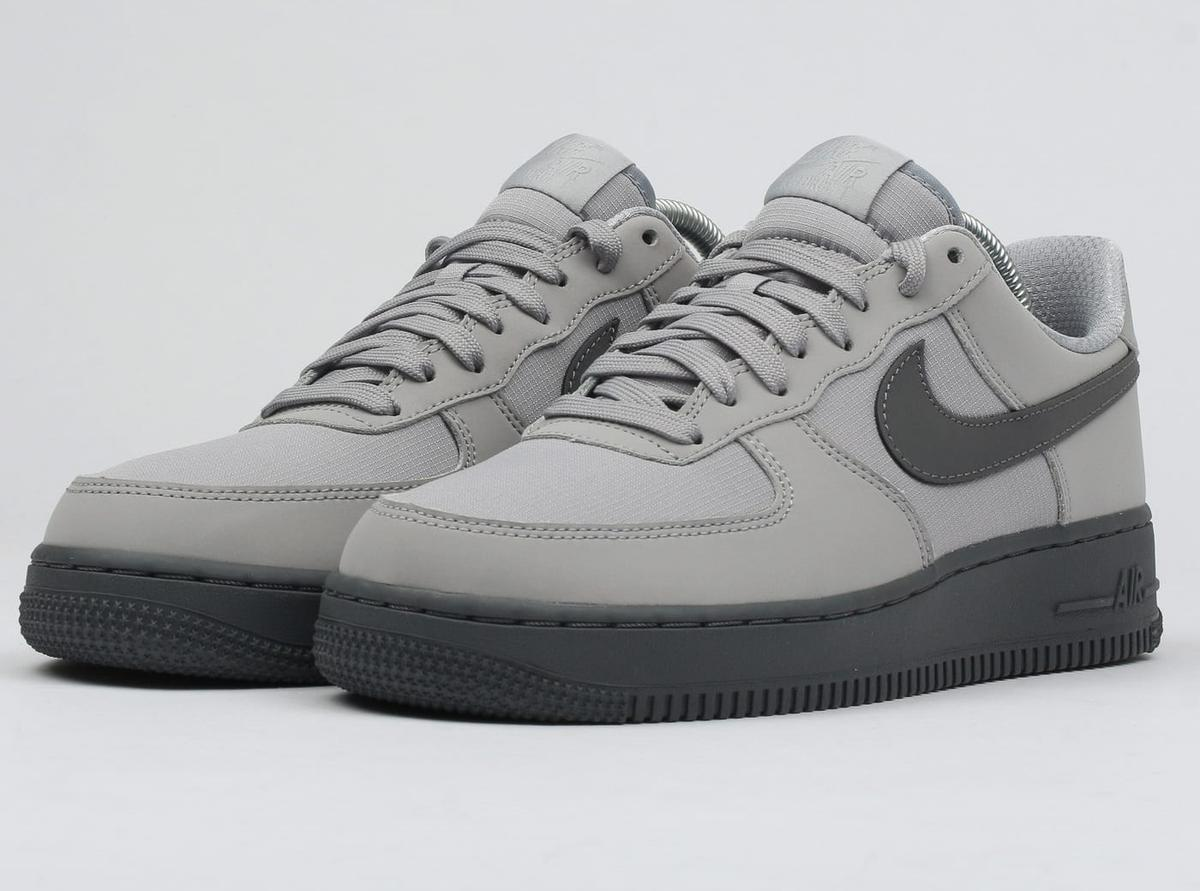 Nike Air Force 1 07 TXT Trainers Wolf Grey in L36 Knowsley