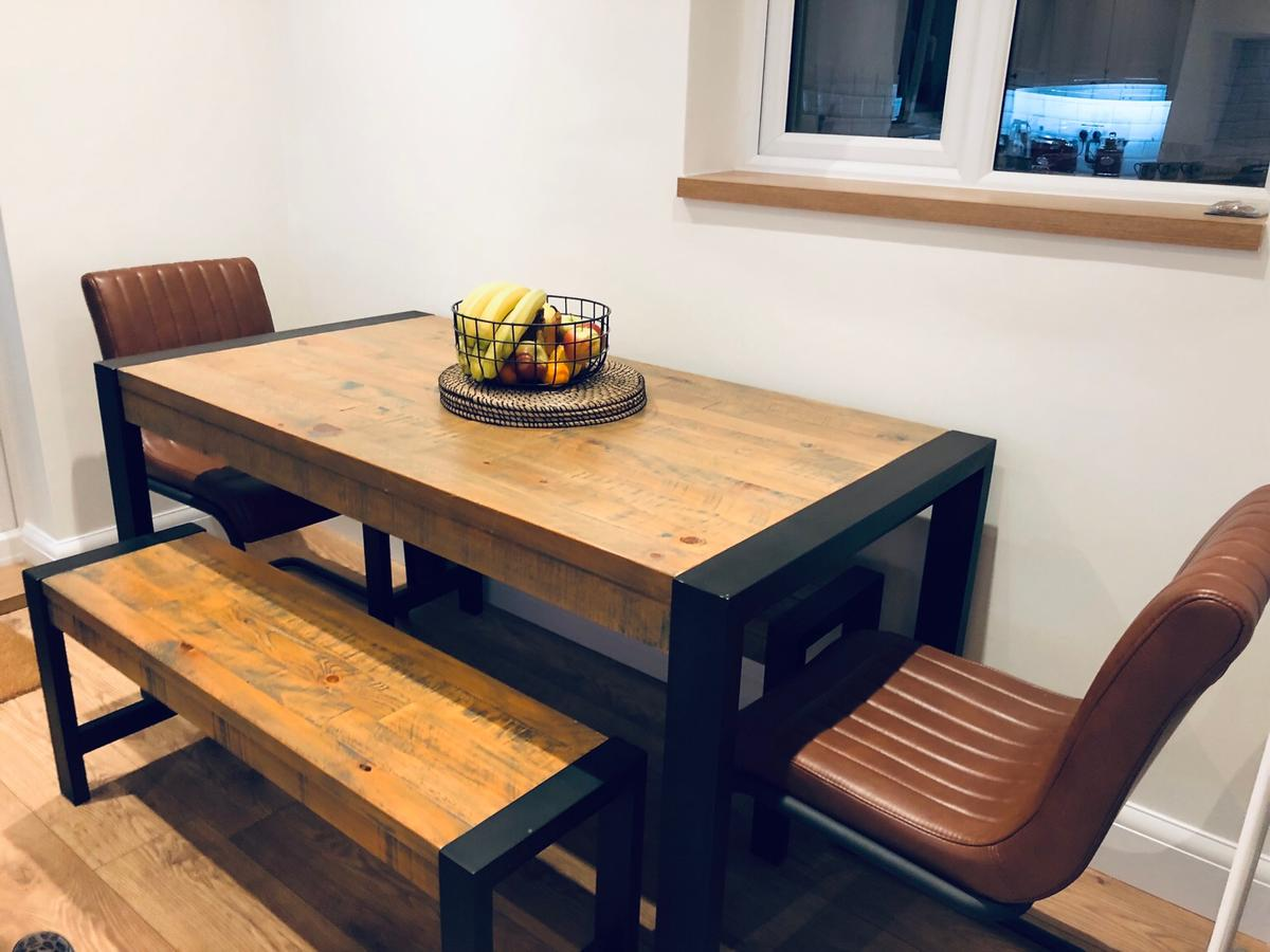 NEXT Hudson Dining Table And Bench Set in Luton für £ 9,9 ...
