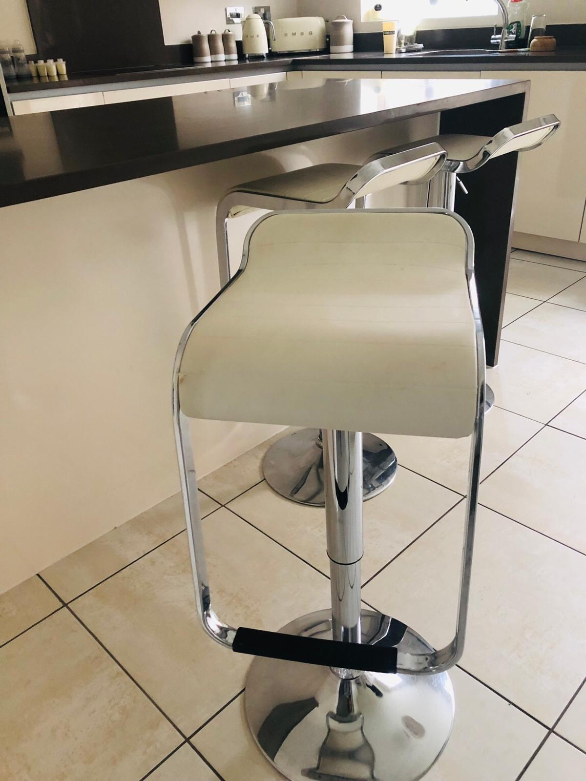 hot sale online 23e53 d76a3 Kitchen Bar Stools in M28 Salford for £55.00 for sale - Shpock