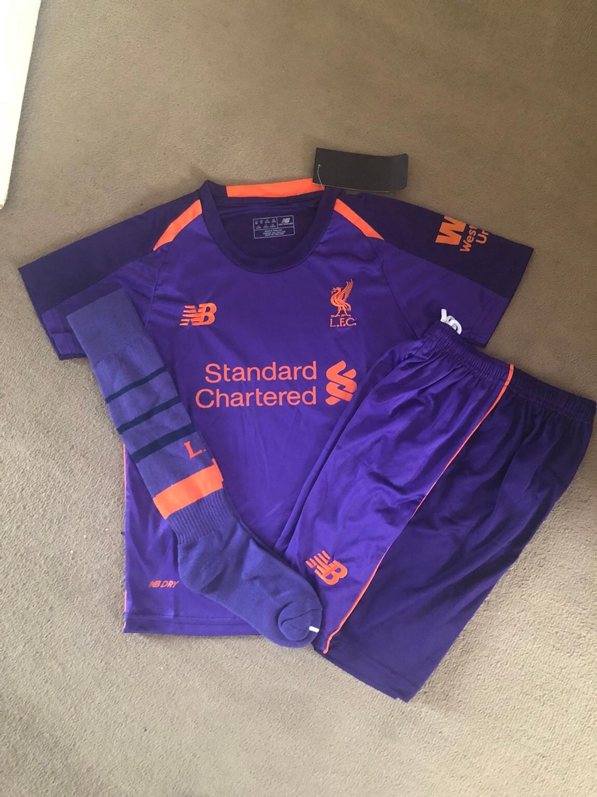 various colors 761d0 e2809 Liverpool kit age 5/6