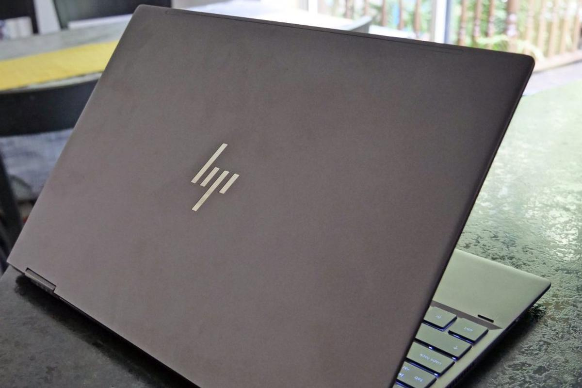 Touchscreen Tablet HP Envy x360 13 3 2 in 1 in SE18 Royal