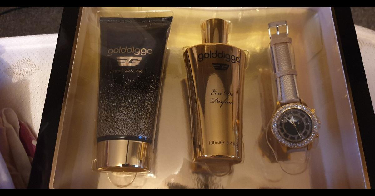Golddigga perfume and watch gift set in