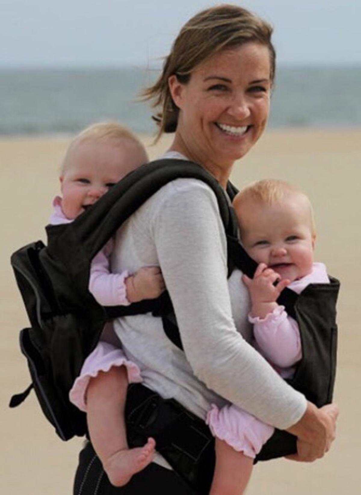 Twingaroo Original Twin Baby Carrier In Ec1v London For 50 00 For