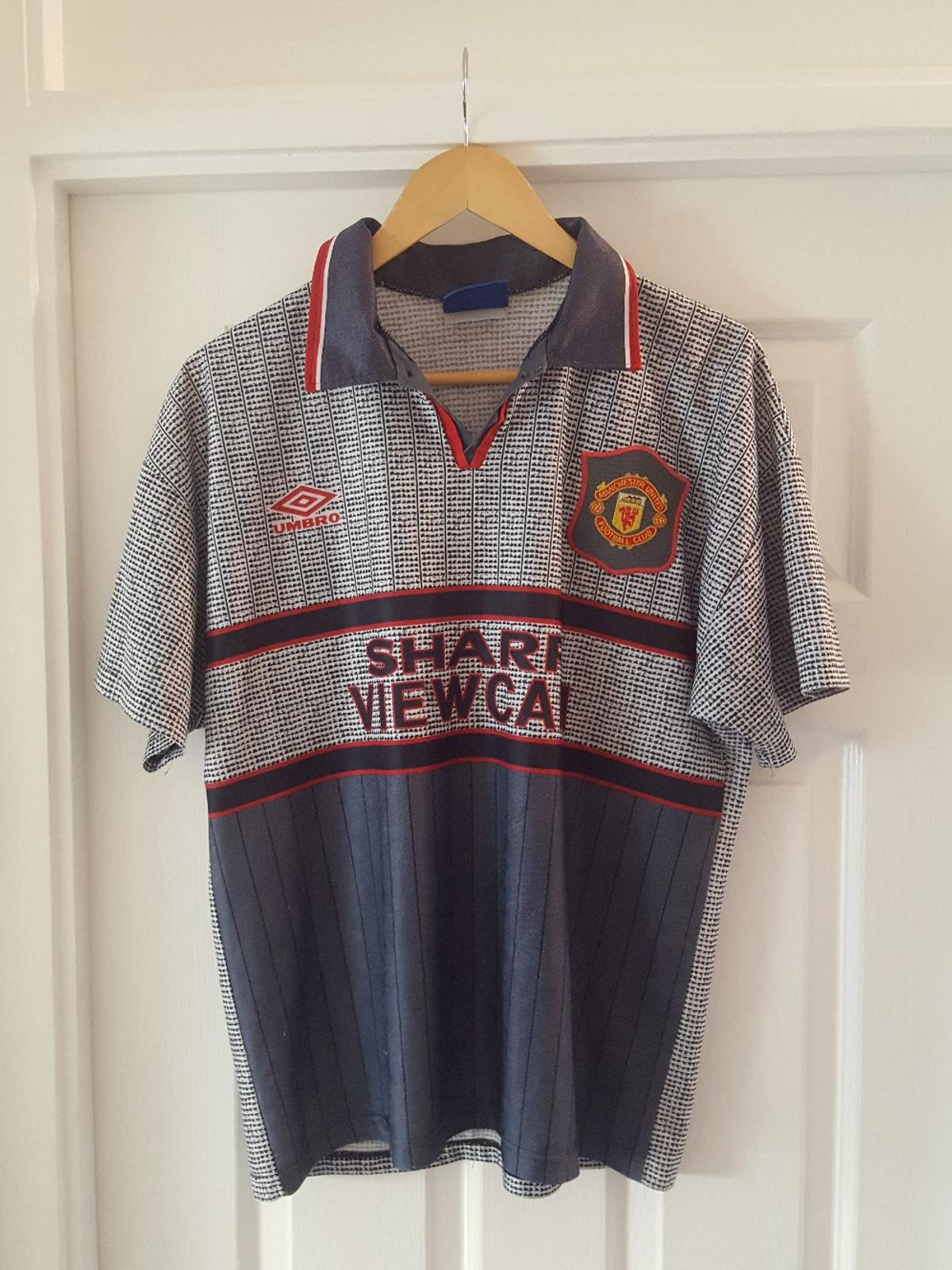official photos 10ebe 06562 Man Utd Football Shirt 1995/96 Large Mens in B77 Tamworth ...