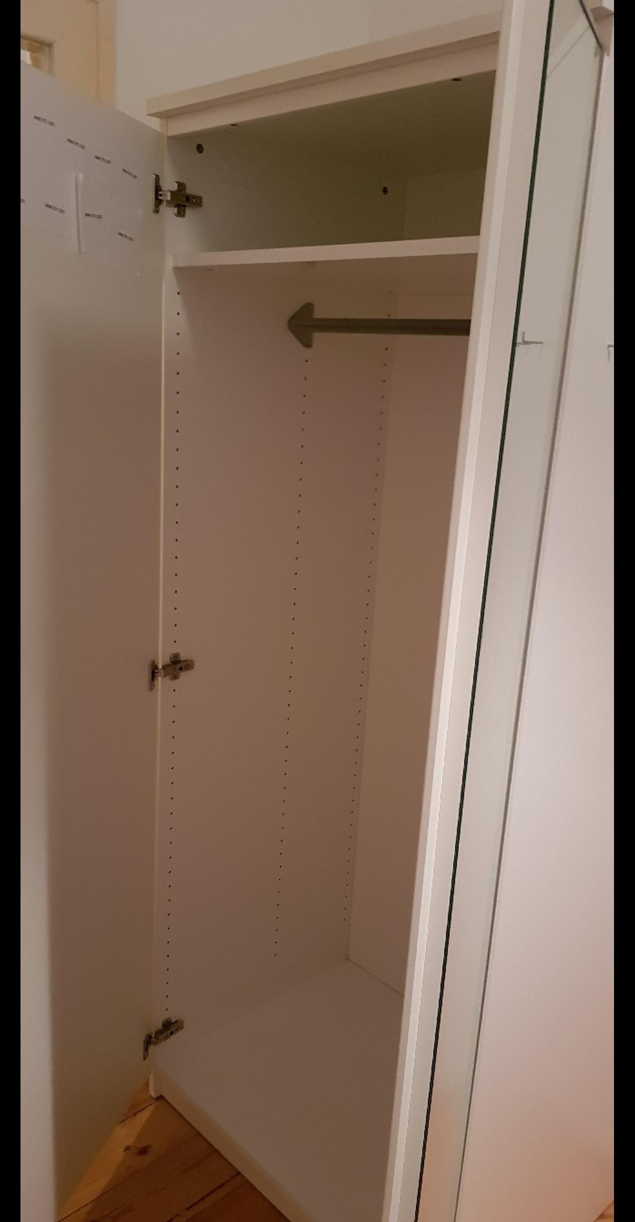 Schrank Malm Ikea Weiss In 10439 Berlin For 30 00 For Sale Shpock