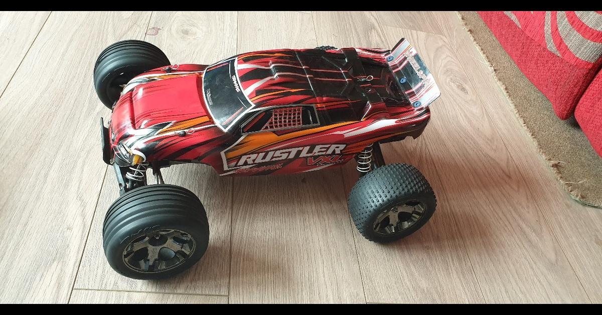 RC traxxas rustler vxl rolling chassis