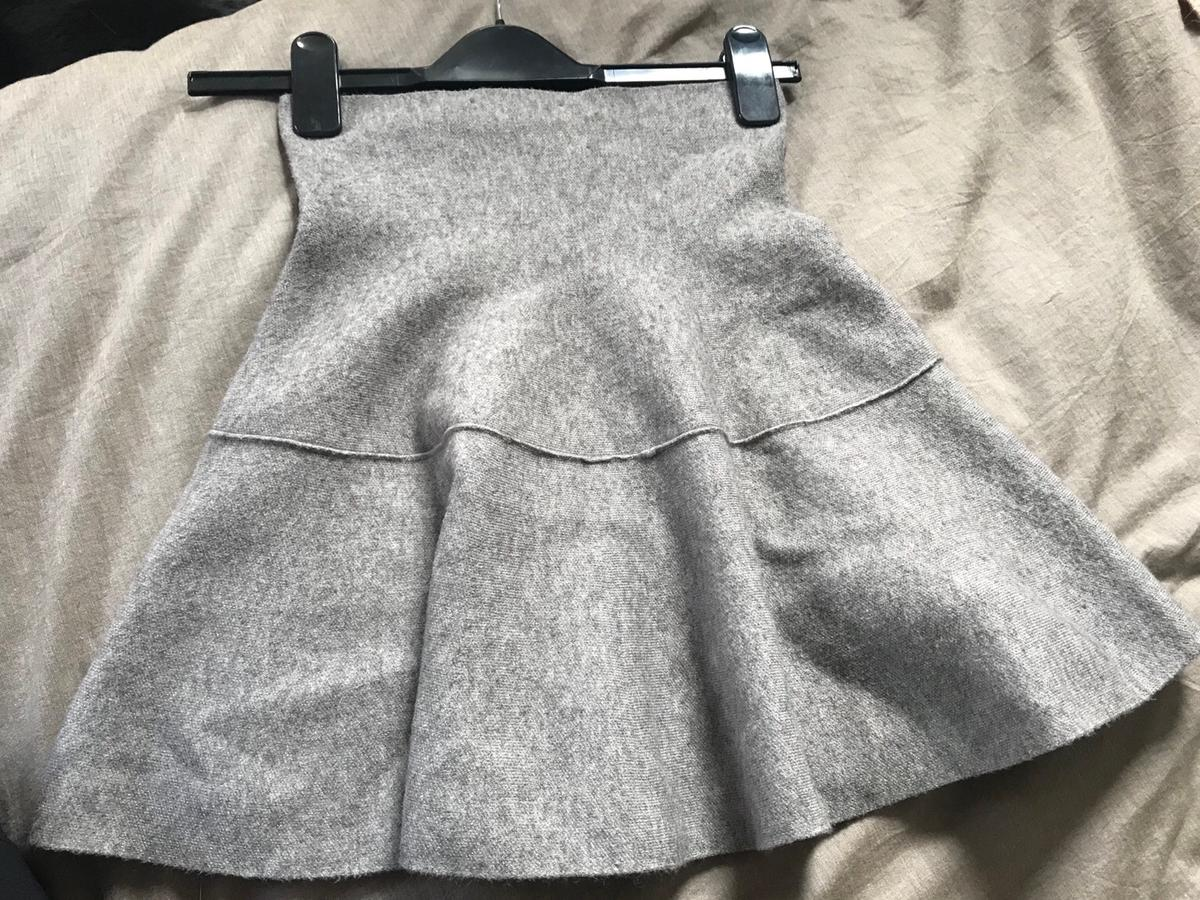 7383a6e0 2x ZARA knitted skirts size S in E17 London for £6.00 for sale - Shpock