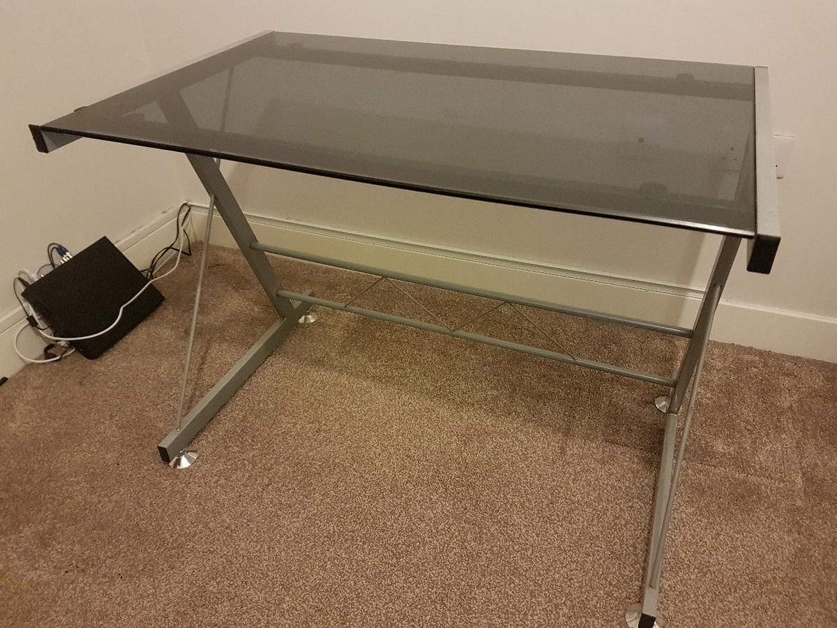 low priced d0e5b 43d3f Metal Desk with Glass top. pc/computer/gaming in Rotherham ...
