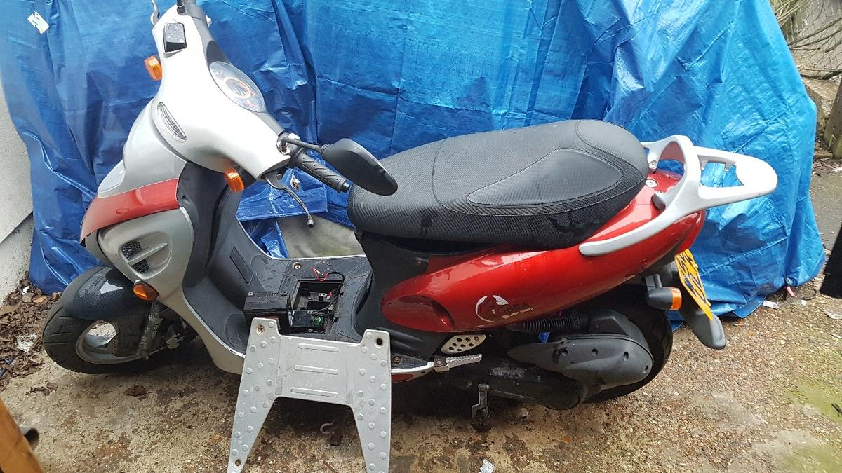 Kymco Scooter 100cc in UB3 Hillingdon for £200 00 for sale - Shpock