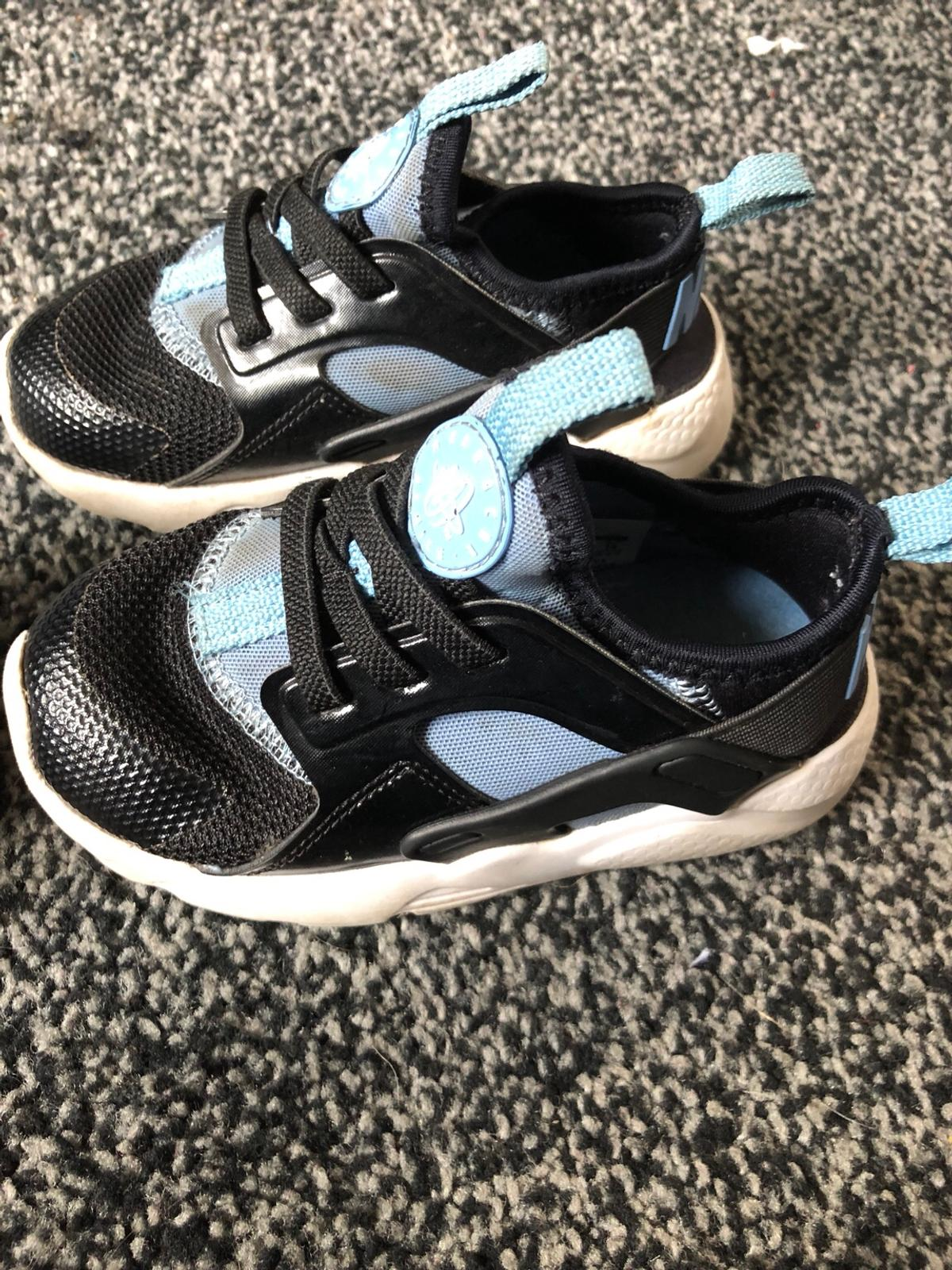 1c5530a798 Kids nike huaraches UK 7.5 in B37 Solihull for £5.00 for sale - Shpock