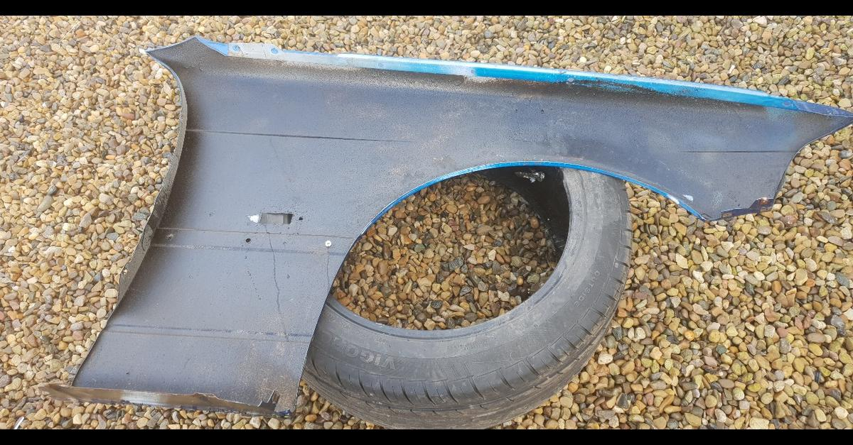 BMW E36 Wings    rust free in YO60 Ryedale for £40 00 for sale - Shpock