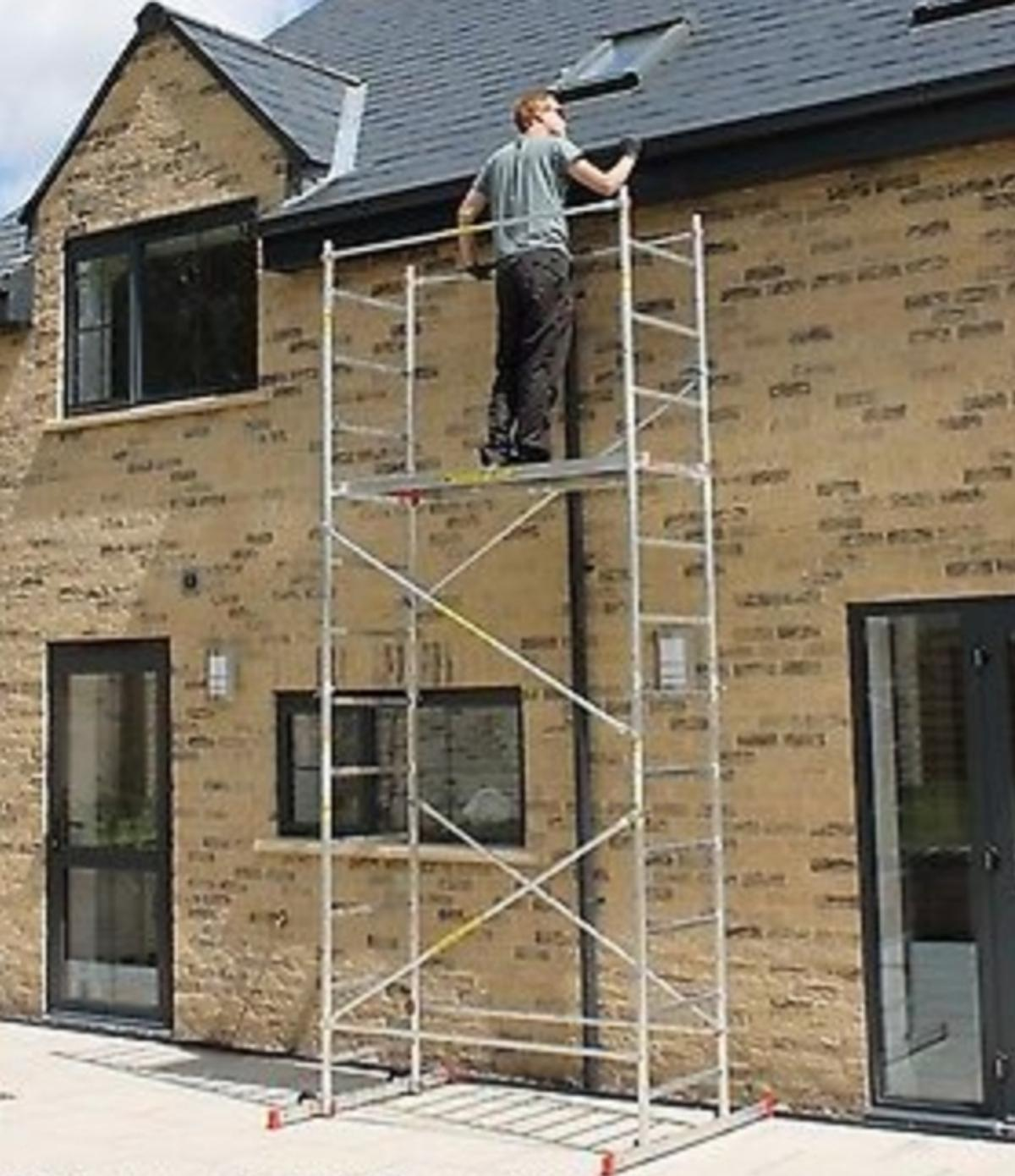 DIY scaffolding with no spanners required  in S43 Chesterfield for