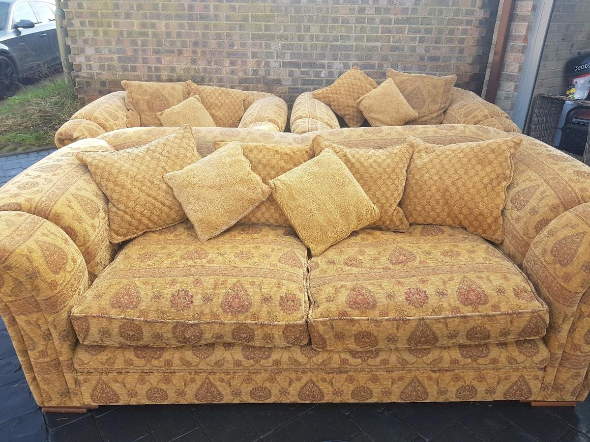 Prime Peter Guild Sofa And Arm Chairs Caraccident5 Cool Chair Designs And Ideas Caraccident5Info