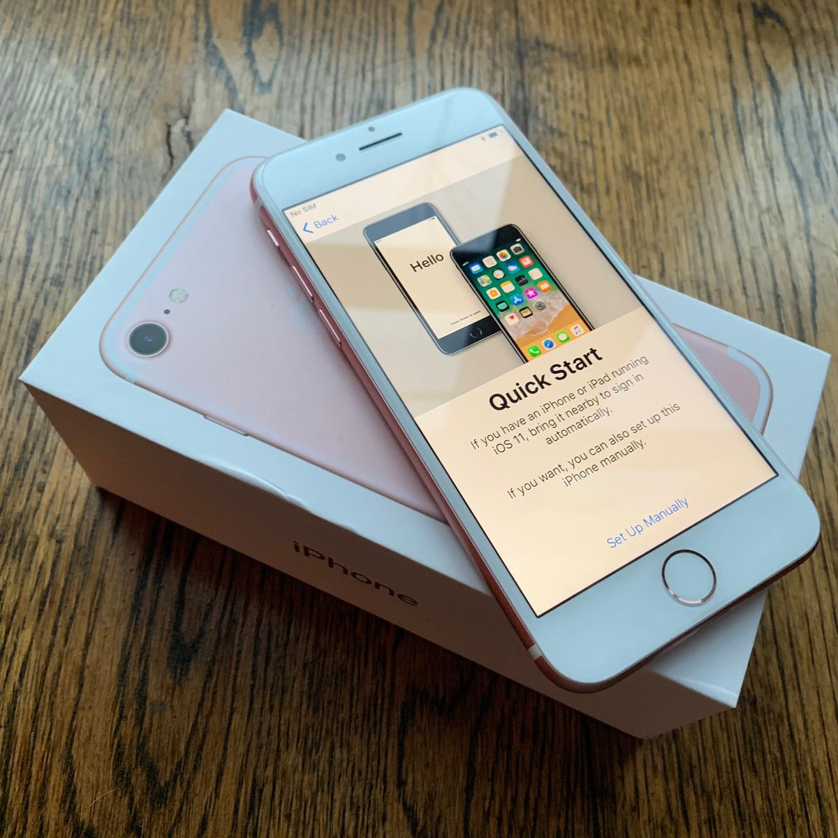Brand New Iphone 7 Rose Gold 256gb O2 In E8 Hackney
