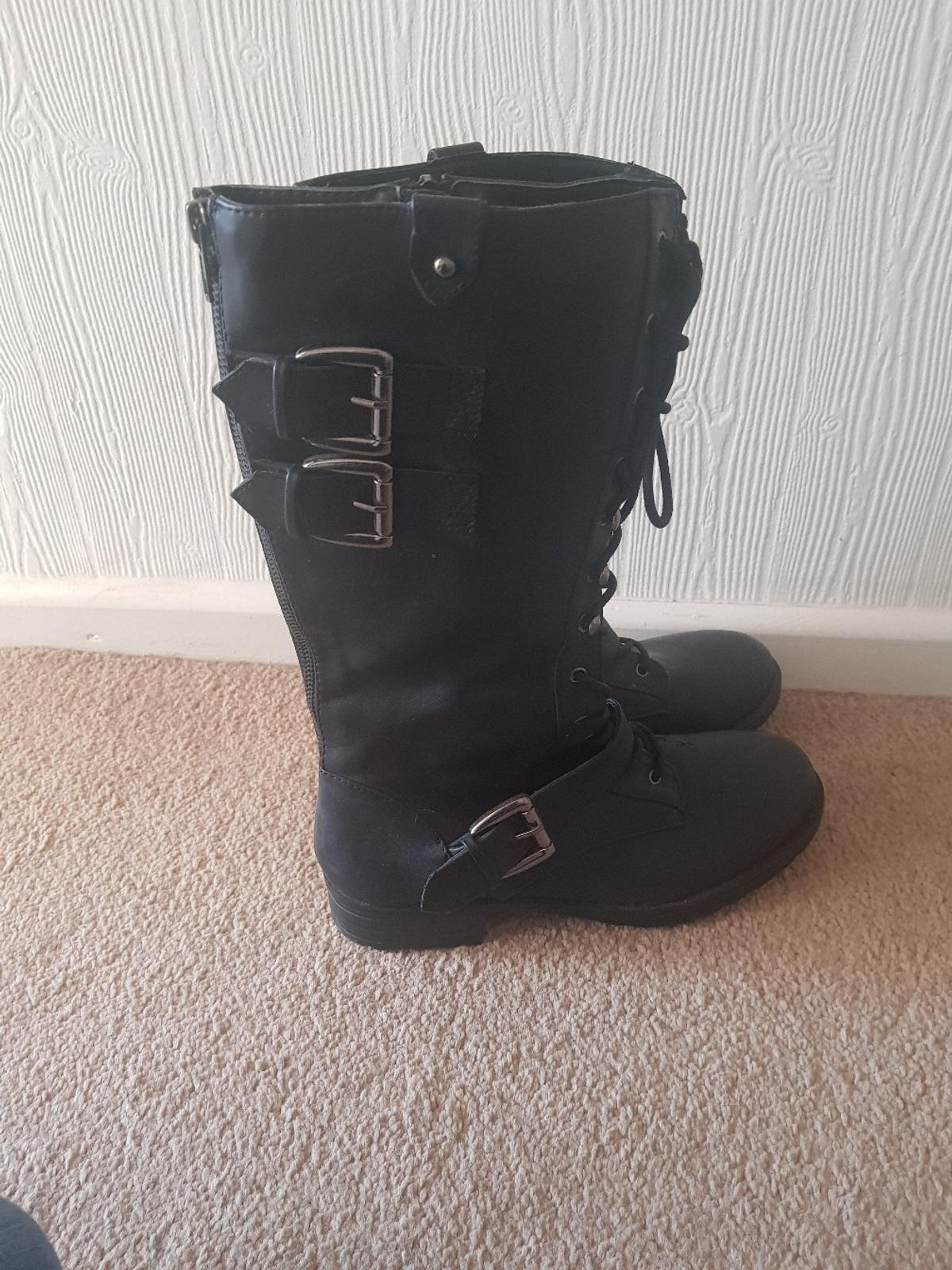 a1d878703bf black biker boots in B97 Redditch for £11.00 for sale - Shpock