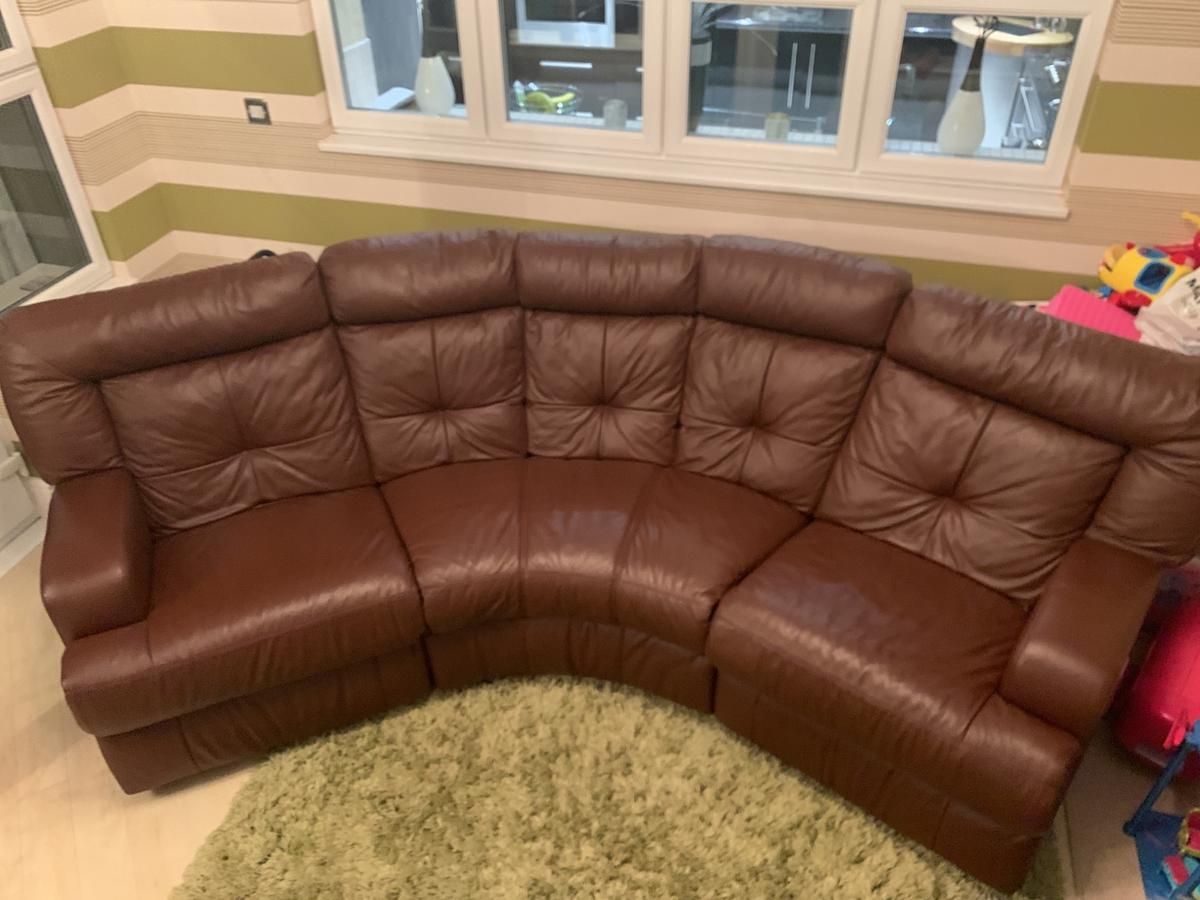 - Leather Sofa Couch Settee 2 Recliner Reduced In WN1 Wigan Für 275