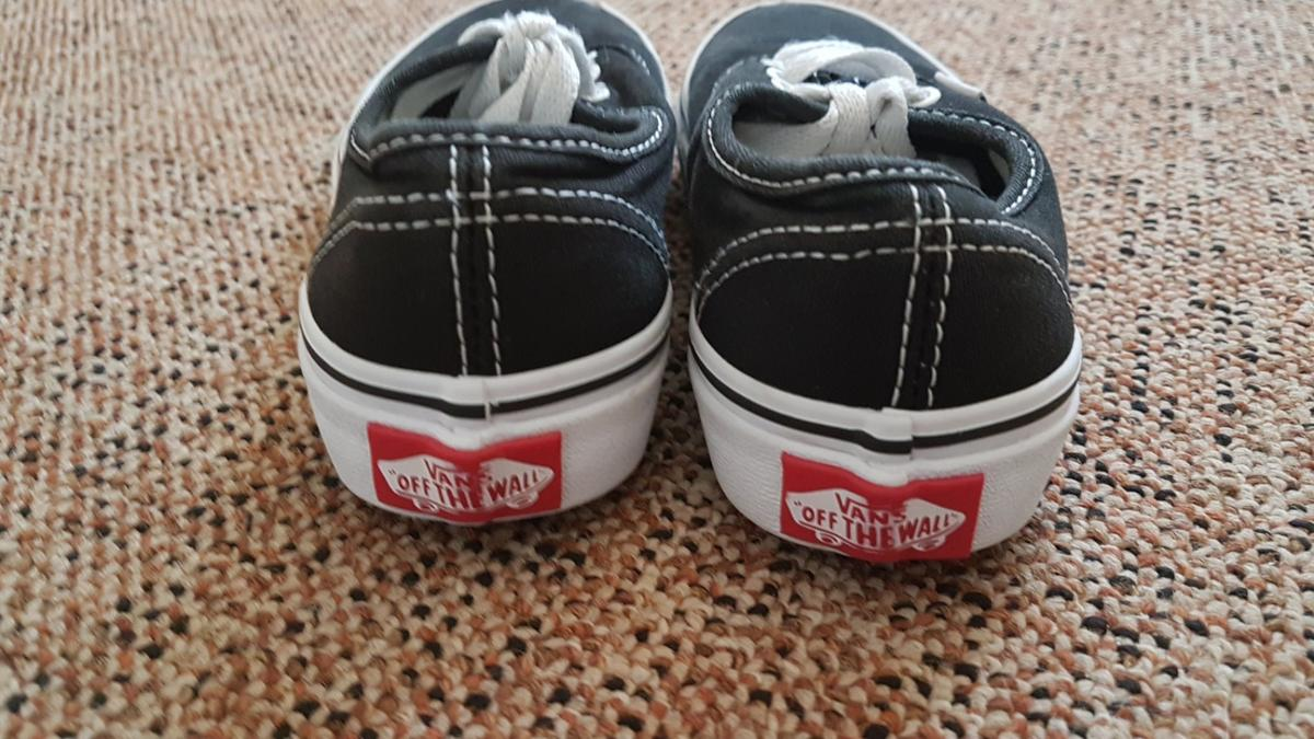 size uk junior 11. Used but in a great condition. no longer fit my son.